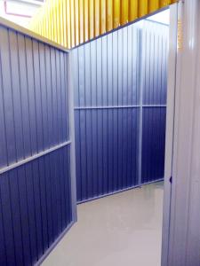 1box_self-storage-auto-armazenamento-megaself-curitiba-seguranca-corredor-box-de-aluguel