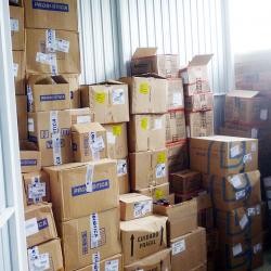 Armazenamento de mercadorias em depósito self storage